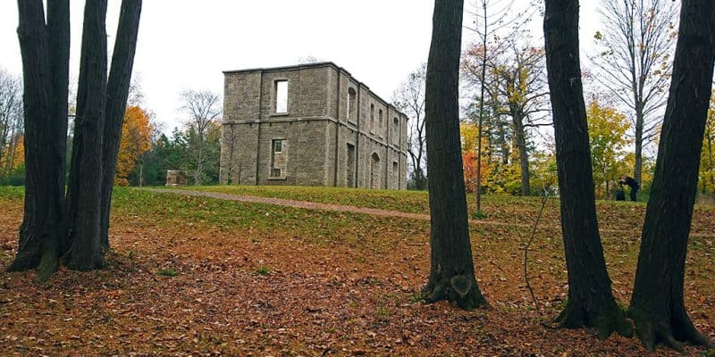 Haunted Hikes in Ontario